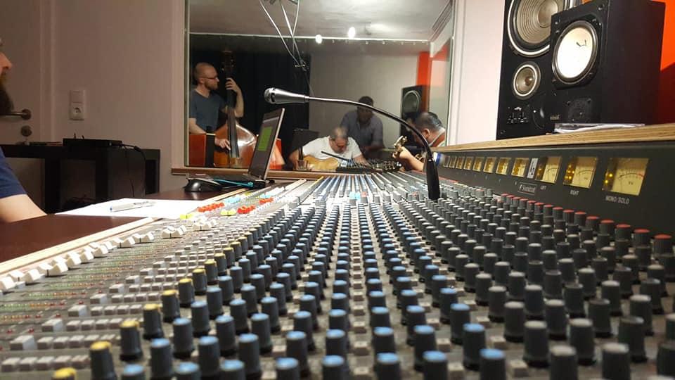 Professionelles Tonstudio für Musikproduktionen und Sprachaufnahmen.